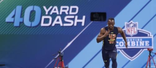 Watch John Ross burn to a new 40-yard-dash record at the NFL ... - usatoday.com