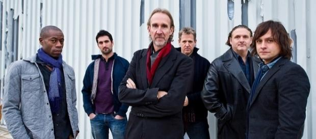 Mike Rutherford Still Living His Musical Years | Best Classic Bands - bestclassicbands.com