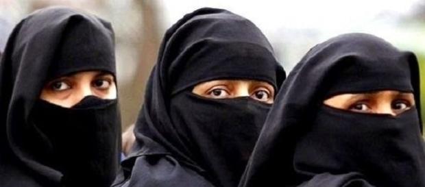 Mulheres da Arábia Saudita agora têm status de mamíferos