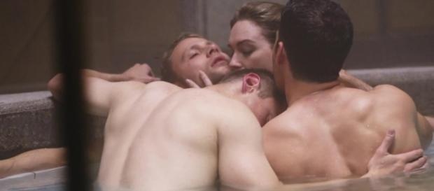 Sense8 foi a primeira série original Netflix a testar a estrutura narrativa.