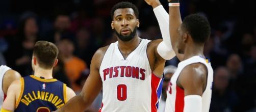 Andre Drummond and the Pistons dominated Philadelphia on Saturday night. [Image via Blasting News image library/inquisitr.com]