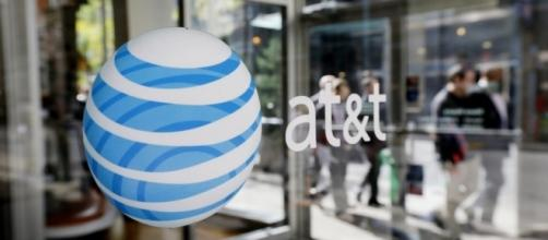 AT&T to bring back 3000 jobs to U.S. - imgix.net