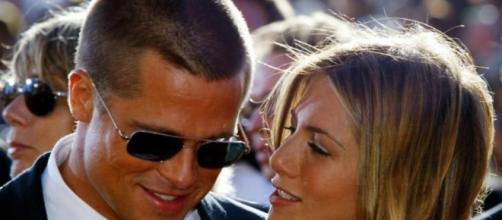 Brad Pitt et Jennifer Aniston se textent | Véronique Lauzon ... - lapresse.ca
