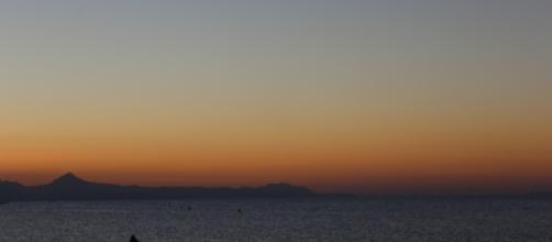 El mar mediterráneo al atardecer.