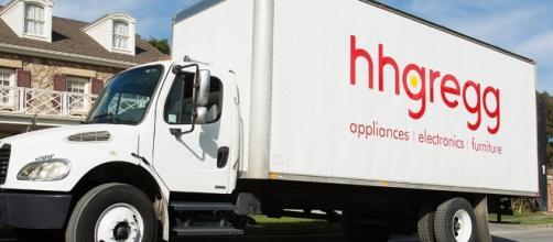 HHGregg plans to close many of its stores- hhgregg.com