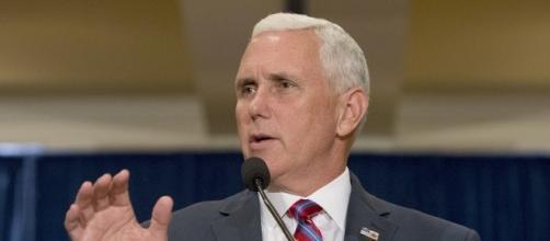 Pence ducked reporters when Trump video was published - POLITICO - politico.com