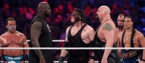 The Shaq vs. Big Show match for 'WrestleMania 33 is currently in doubt. [Image via Blasting News image library/inquisitr.com]