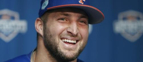 Tim Tebow wants to 'adopt a kid from every continent' - Photo: Blasting New Library - bplaced.com
