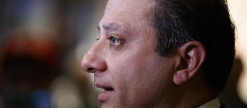 Tough-on-corruption NY prosecutor tells Trump he will stay | News OK - newsok.com