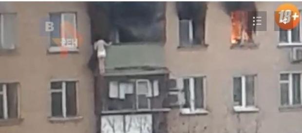Incêndio aconteceu na manhã deste domingo, 5 (REN TV)