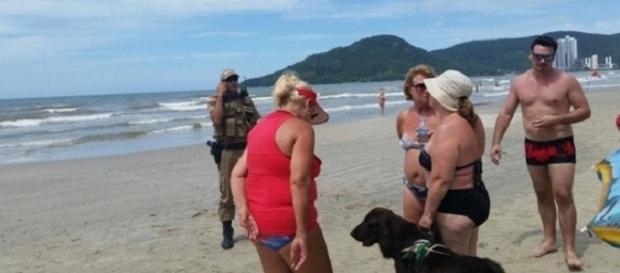 Olga passou por situação constrangedora por levar seu cão-guia à praia