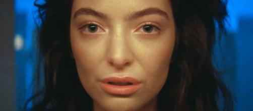 "Lorde Releases ""Green Light"" - New Lorde Song and Video - cosmopolitan.com"