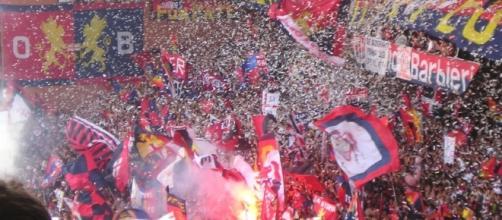 Tifosi del Genoa in Gradinata Nord
