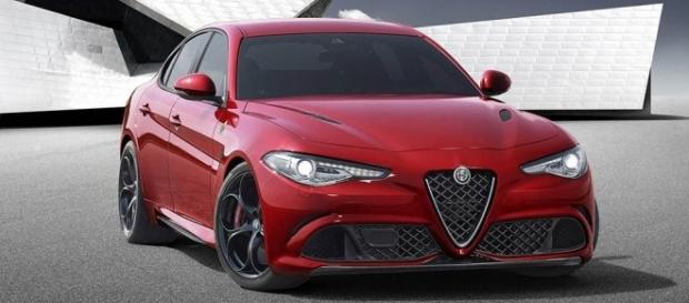alfa romeo giulia sfuma per pochi voti il premio auto dell 39 anno. Black Bedroom Furniture Sets. Home Design Ideas