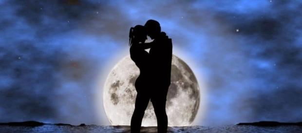 As estrelas podem trazer novidades para sua vida amorosa