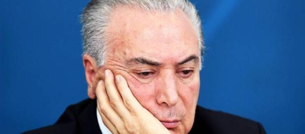 Defesa quer alegar que Temer não solicitou doações de campanha à empresas, mas delações podem comprometer o presidente.