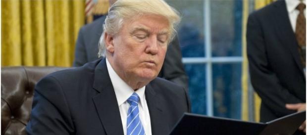 Trump quita apoyo a las ONG que promueven abortos.