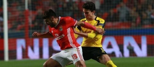 O SL Benfica venceu a 1.ª mão por 1-0