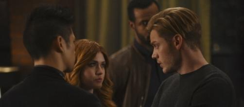 """Watch the Newest SHADOWHUNTERS Promo for 2x10 """"By The Light of ... - thefandom.net"""