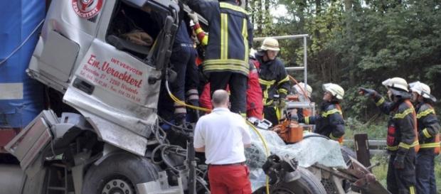Acidente entre trem e caminhão, no Chile