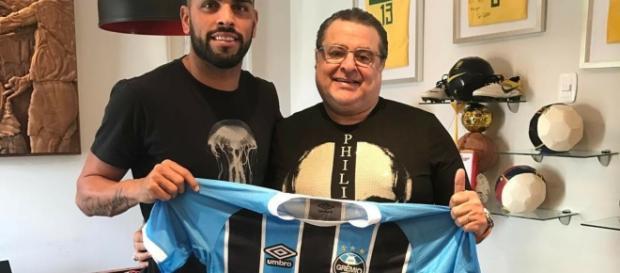 Empresário Jorge Machado e volante Maicon