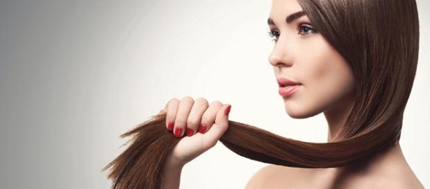 Hidratação de café para fazer o cabelo crescer mais rápido