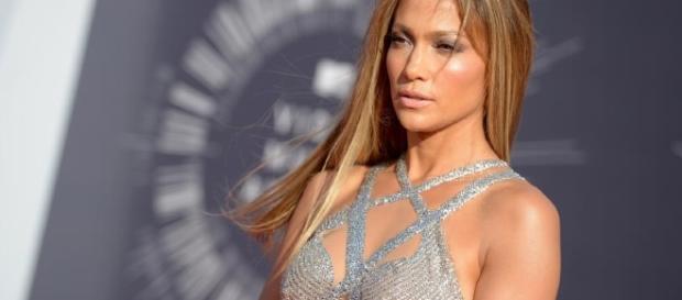 Jennifer Lopez   Rouge 18 - rouge18.com