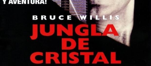 """""""LA JUNGLA DE CRISTAL"""" Una falta de respeto al diccionario ingles-español"""