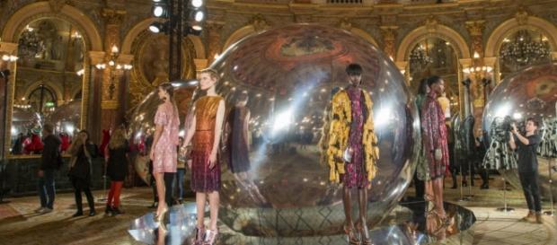 The captivating glamor of Paris Fashion Week/Photo via WGSN