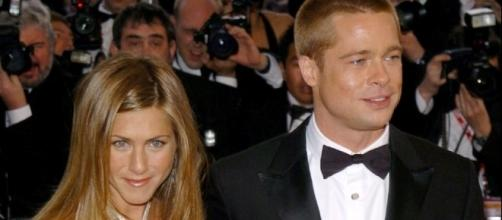 Are famous exes Brad Pitt and Jennifer Aniston working on a new project after the actor's split from Angelina Jolie? (via Blasting News Library)