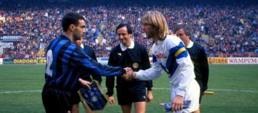 Beppe Bergomi in un Inter-Atalanta degli anni '90