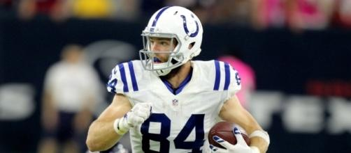 Colts Free Agency: Who to keep and who to let go - horseshoeheroes.com
