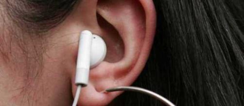 Commissone Ue: «Rischia sordità chi ascolta musica con cuffie al ... - ilmessaggero.it