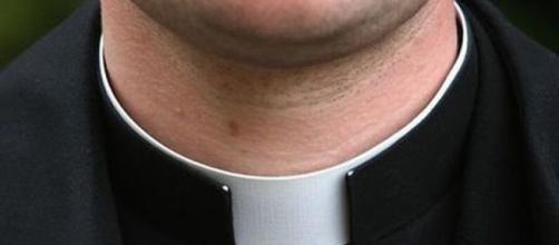 Napoli, proseguoni le indagini su presunti festini a luci rosse legati a sacerdoti - ilmattino.it