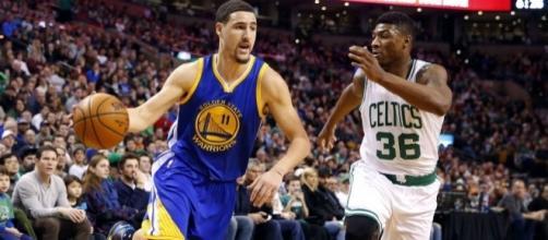 Klay Thompson and the Warriors host the Boston Celtics on Wednesday night. [Image via Blasting News image library/inquisitr.com]