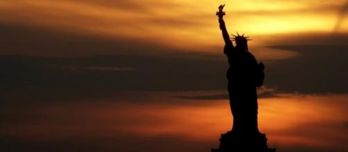The Statue of Liberty went dark and the timing is just too perfect - mashable.com