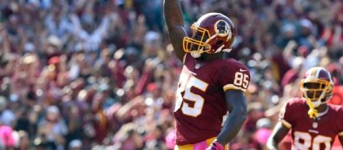 Vernon Davis is coming back to D.C on a three year deal - fansided.com