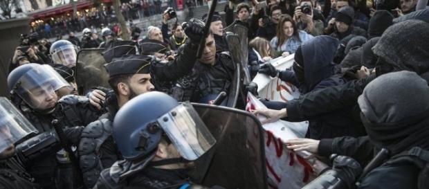 Aufschrei gegen Polizeigewalt in Frankreich - watson - watson.ch