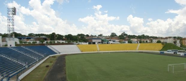 Estádio Sílvio Salles segue sem poder receber jogos
