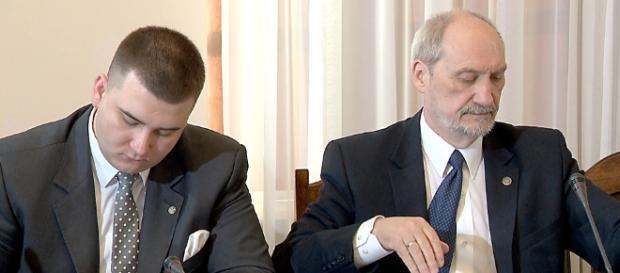 Kiedy Bartłomiej Misiewicz zostanie przesłuchany w sprawie oskarżenia go o sutenerstwo homoseksualne?