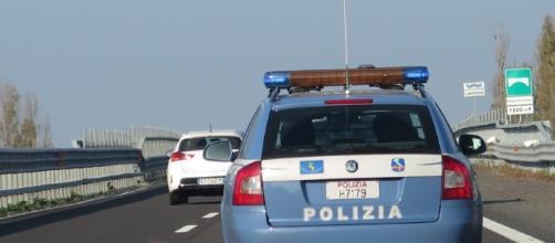 Ancona, crolla un cavalcavia sulla A14, morti due coniugi di Ascoli. Traffico interrotto
