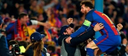Leo Celebrating His Goal Against PSG
