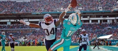 The Dolphins keep weapons for Tannehill, resign Stills - nflspinzone.com