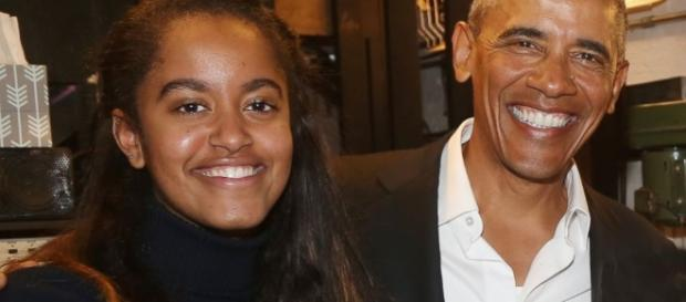 Barack Obama and daughter Malia attend 'The Price' on Broadway - Photo: Blasting News Library - go.com