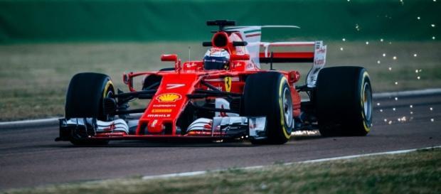 El nuevo Ferrari SF70H echa chispas