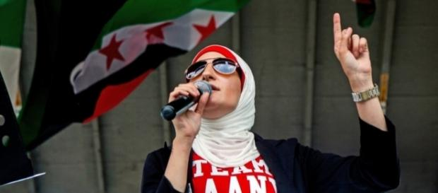 Linda Sarsour Is a Brooklyn Homegirl in a Hijab - The New York Times - nytimes.com