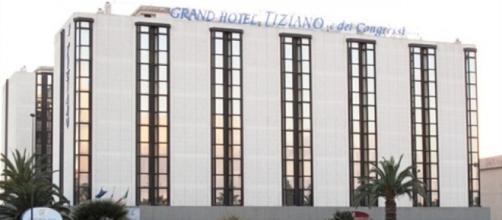 Grave attentato ieri sera al Grand Hotel Tiziano di Lecce hotelinsalento.it