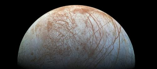 Life on Europa may have been sparked by COMETS penetrating crust ... - dailymail.co.uk