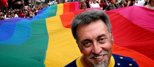 Muore il papà della bandiera arcobaleno. Addio a Gilbert Baker.