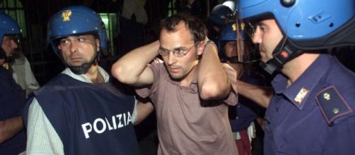 Torture alla Diaz durante il G8, la Corte Ue dei diritti umani ... - mediaset.it